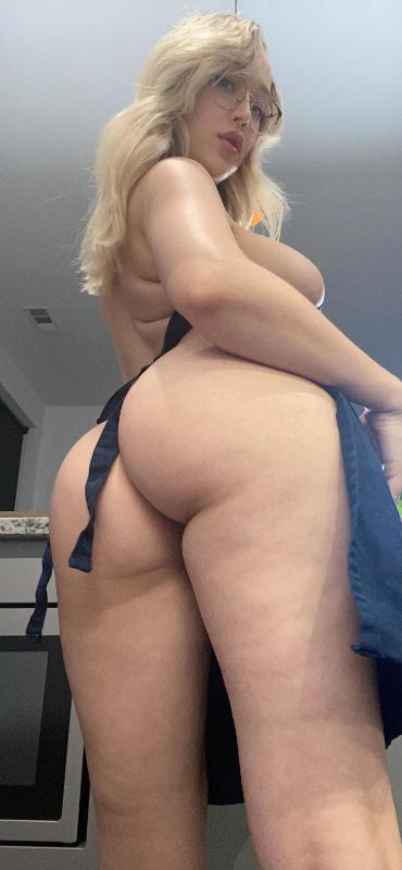 Hey fuck me make me cum on ur face